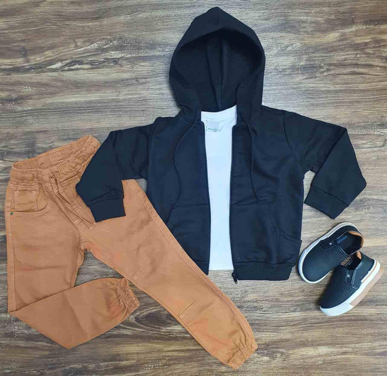 Jaqueta Preta com Camiseta e Calça Jogger Caramelo Infantil