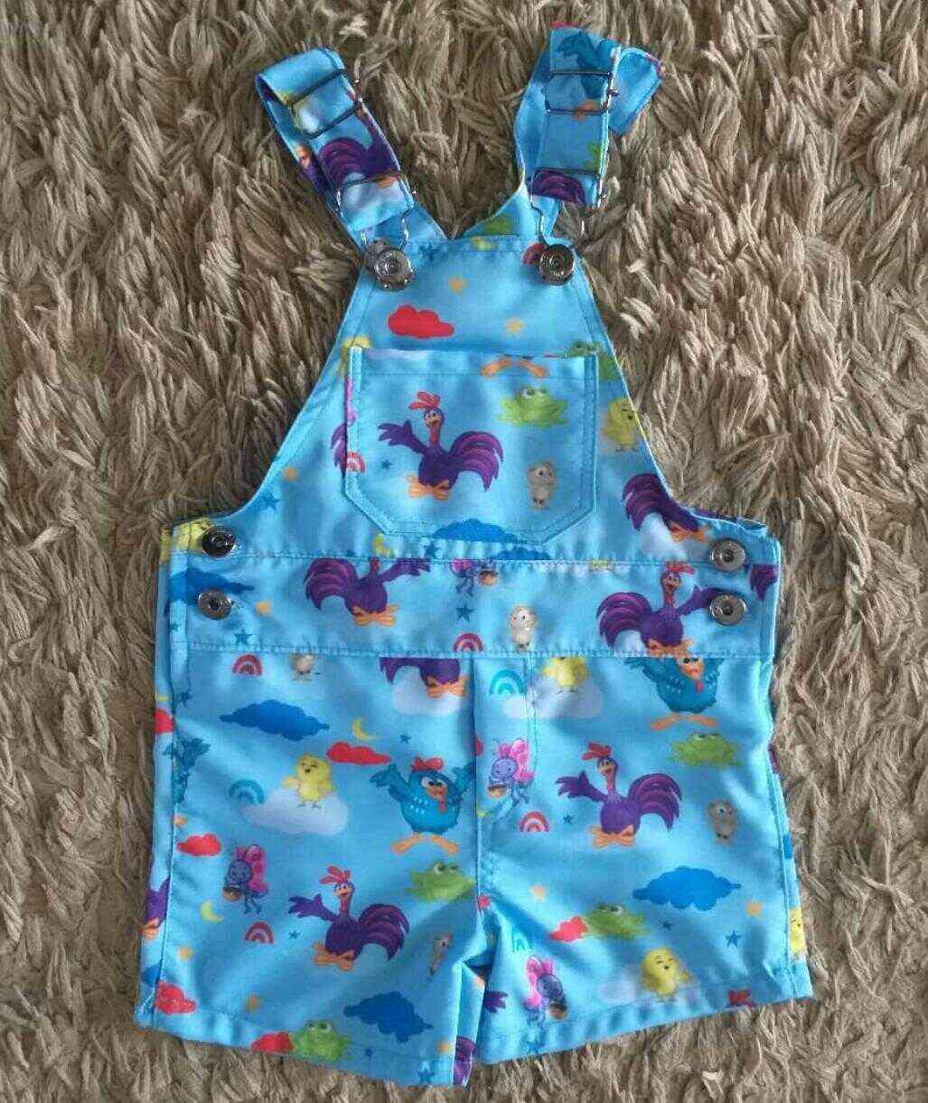Jardineira Galinha Pintadinha Azul Infantil
