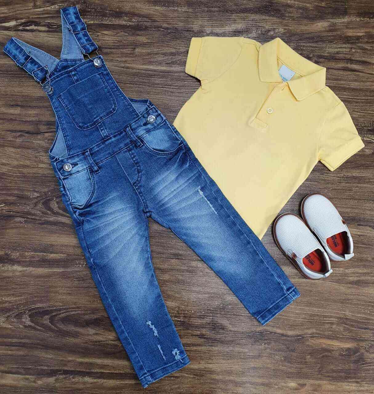Jardineira Jeans com Camisa Polo Amarela Infantil