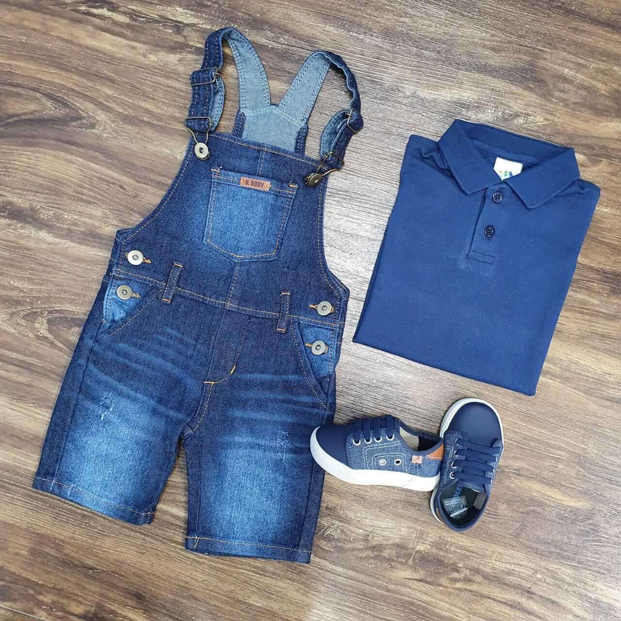 Jardineira Jeans com Camisa Polo Infantil