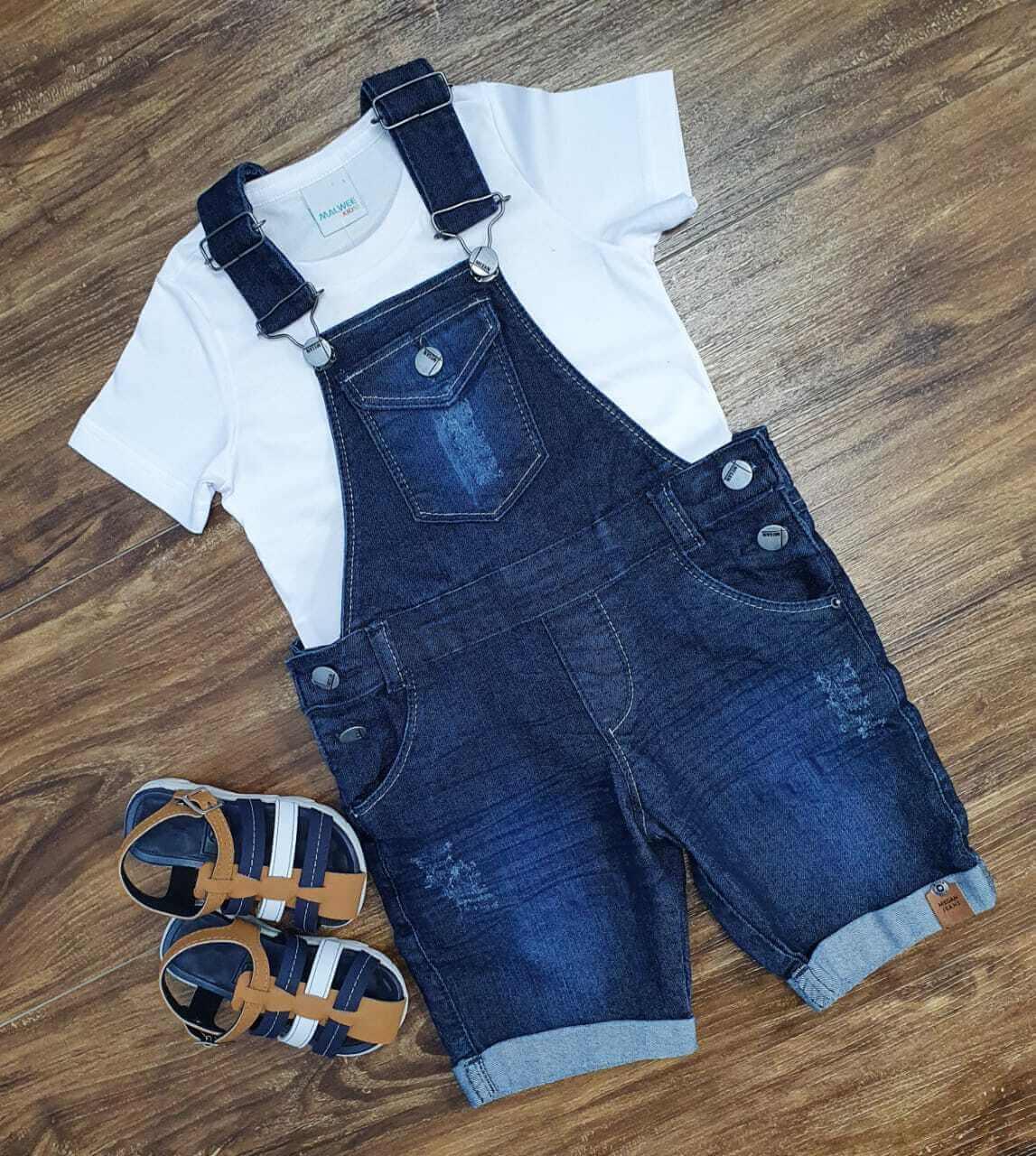 Jardineira Jeans com Camiseta Básica Infantil