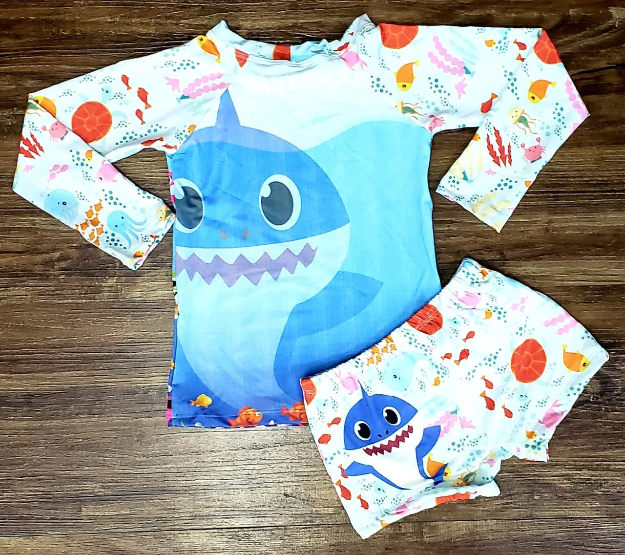 Kit Praia Baby Shark - Sunga e Camiseta