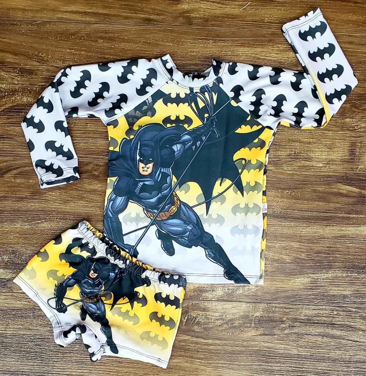 Kit Praia Batman - Sunga e Camiseta UV