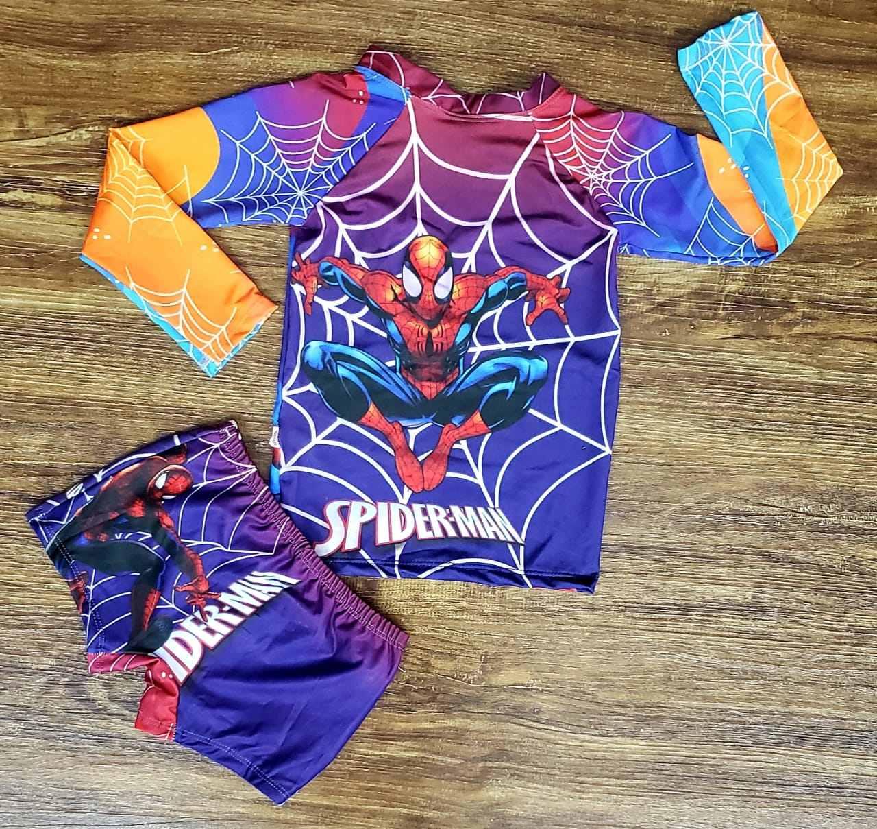 Kit Praia Homem Aranha - Sunga e Camiseta UV