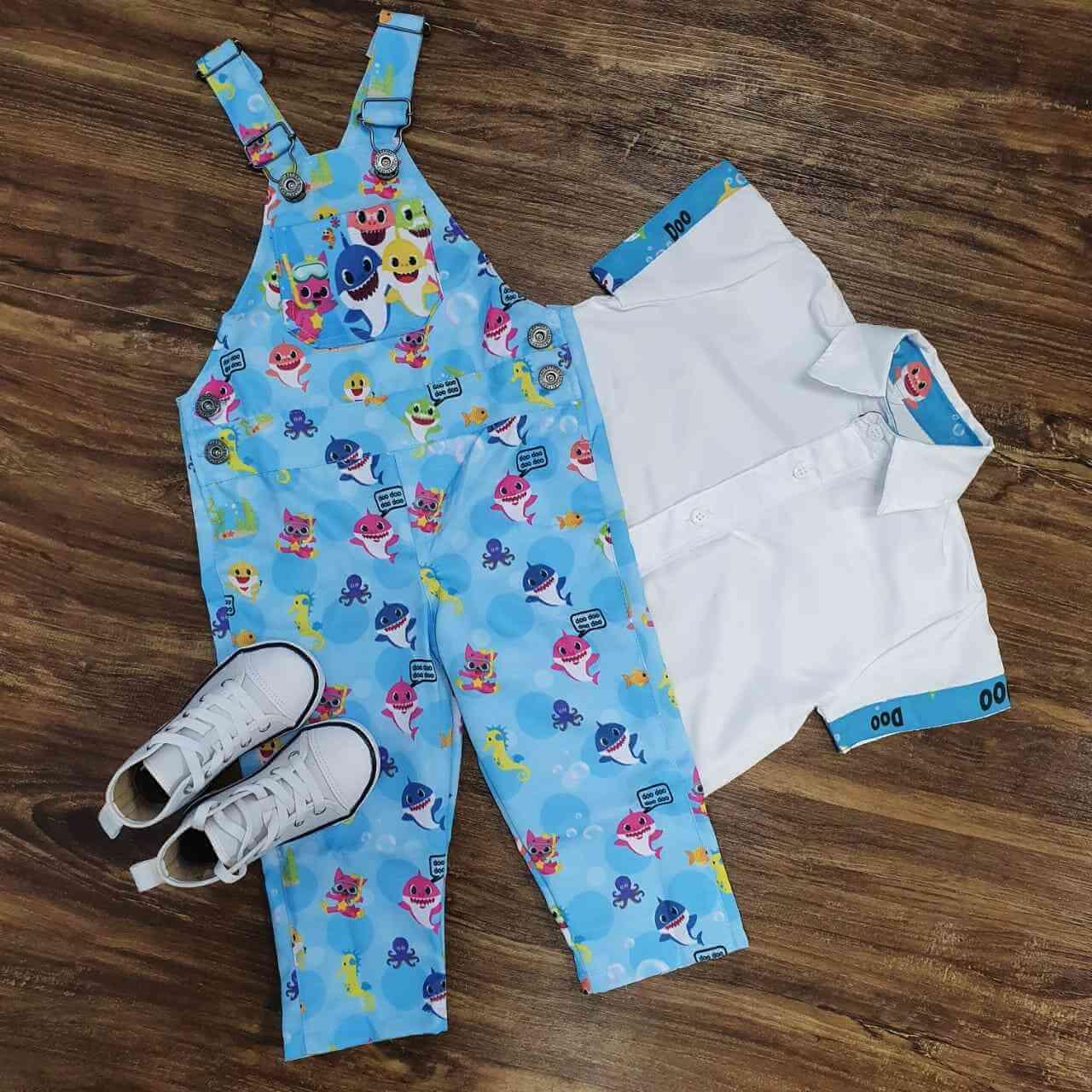 Jardineira Longa com Camisa Baby Shark