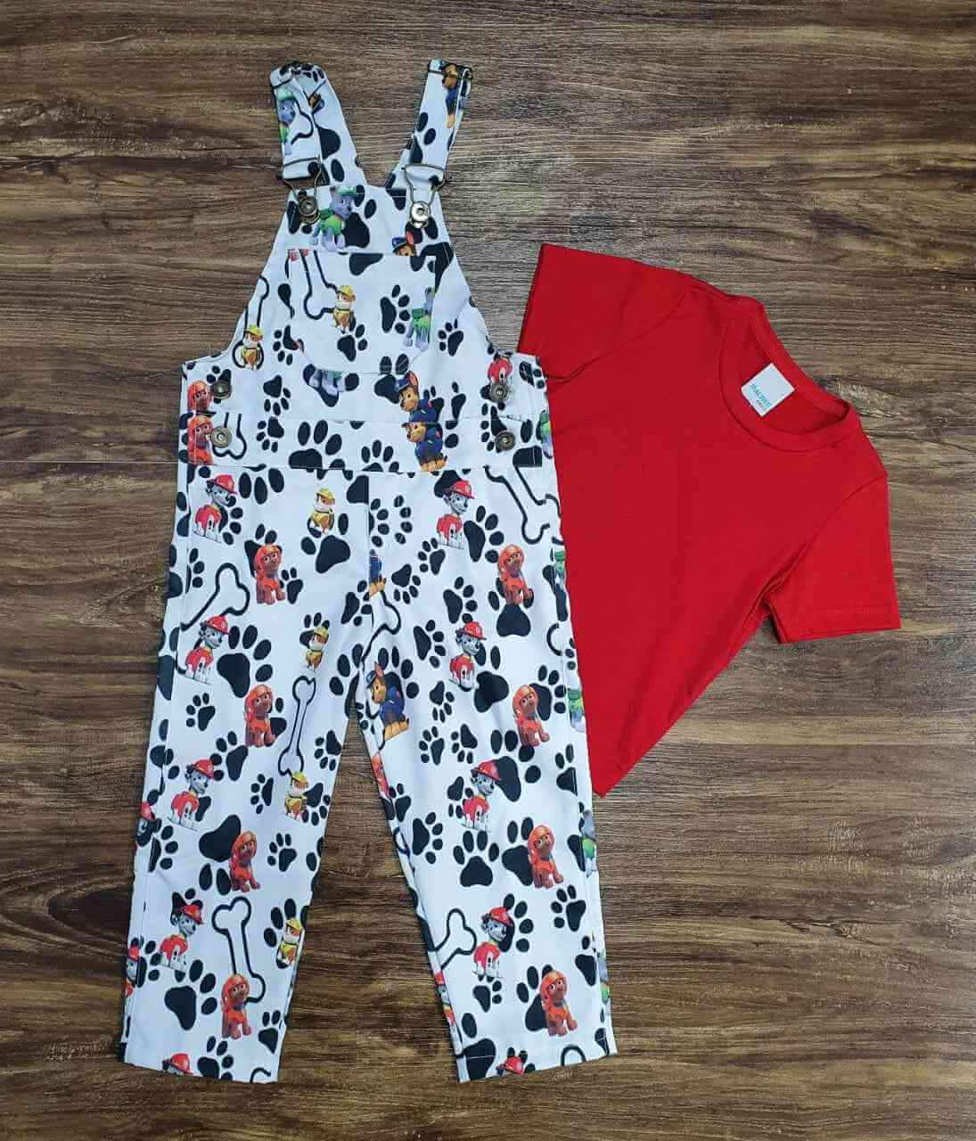 Look Patrulha Canina com Camiseta Vermelha Infantil