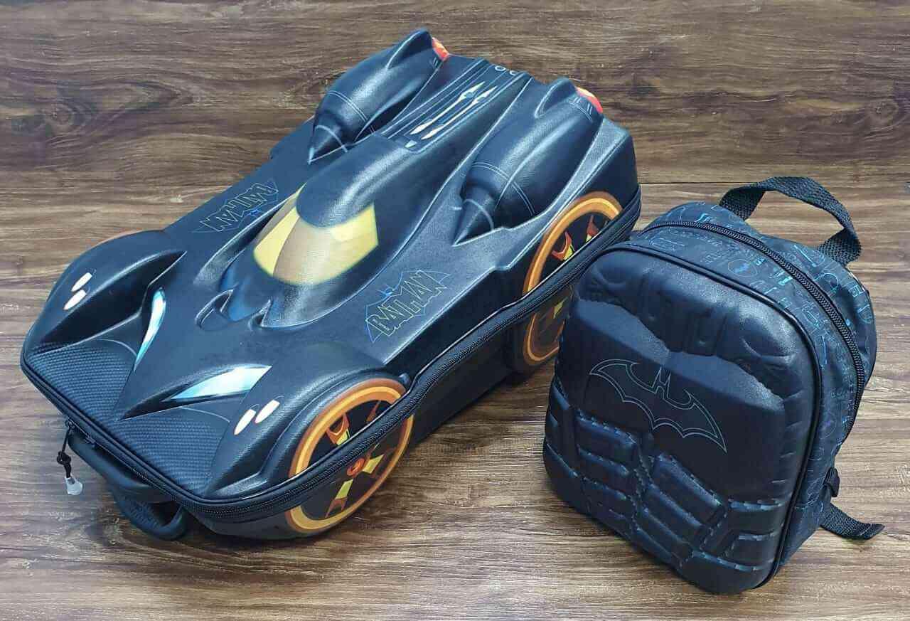 Mochila 3D com Rodinhase e Lancheira Batman Infantil