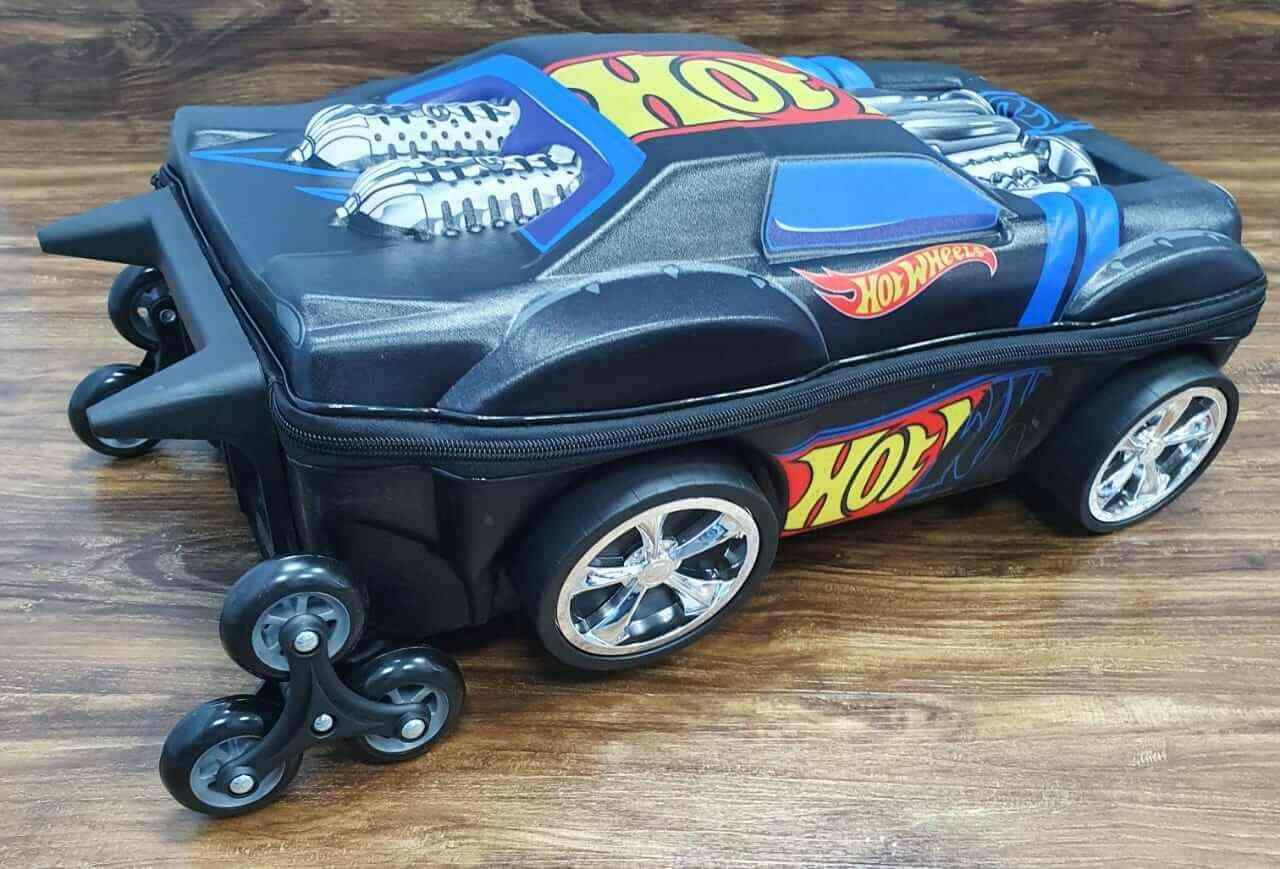 Mochila 3D com Rodinhase e Lancheira Hot Wheels Night Shifter Infantil