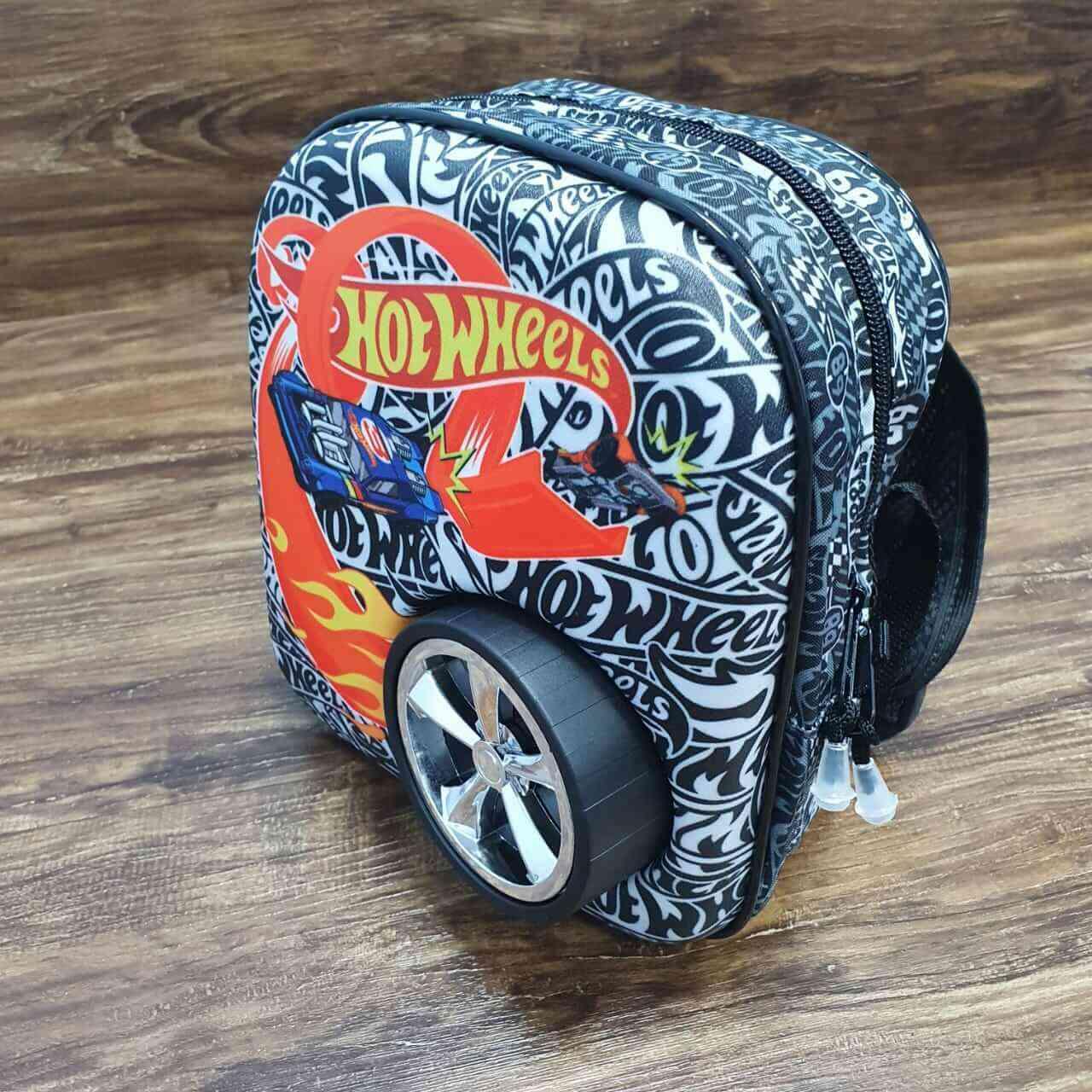 Mochila de Rodinhase com Lancheira Hot Wheels Terrian Storm Infantil