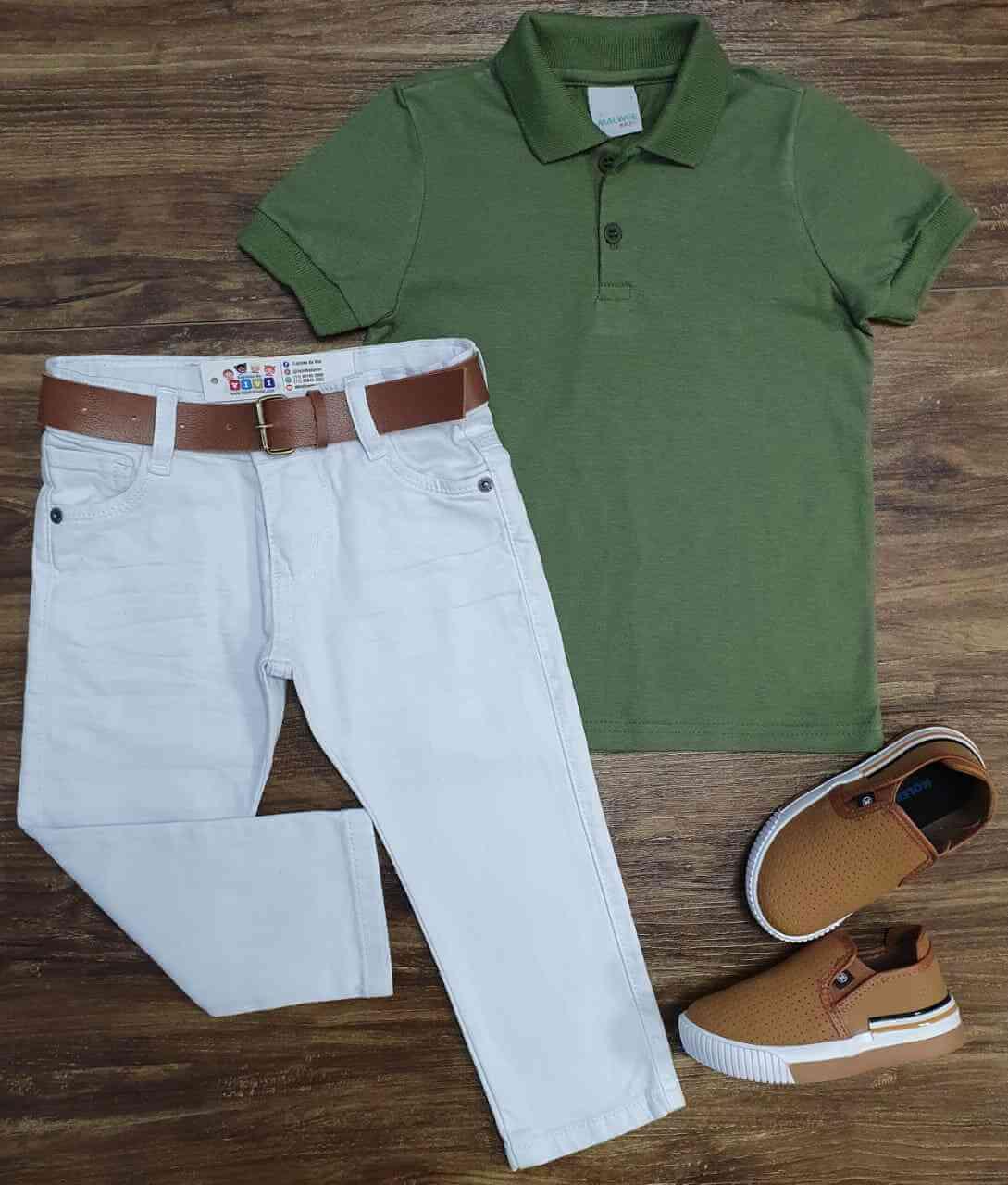 Polo Verde Musgo com Calça Branca Jeans Infantil
