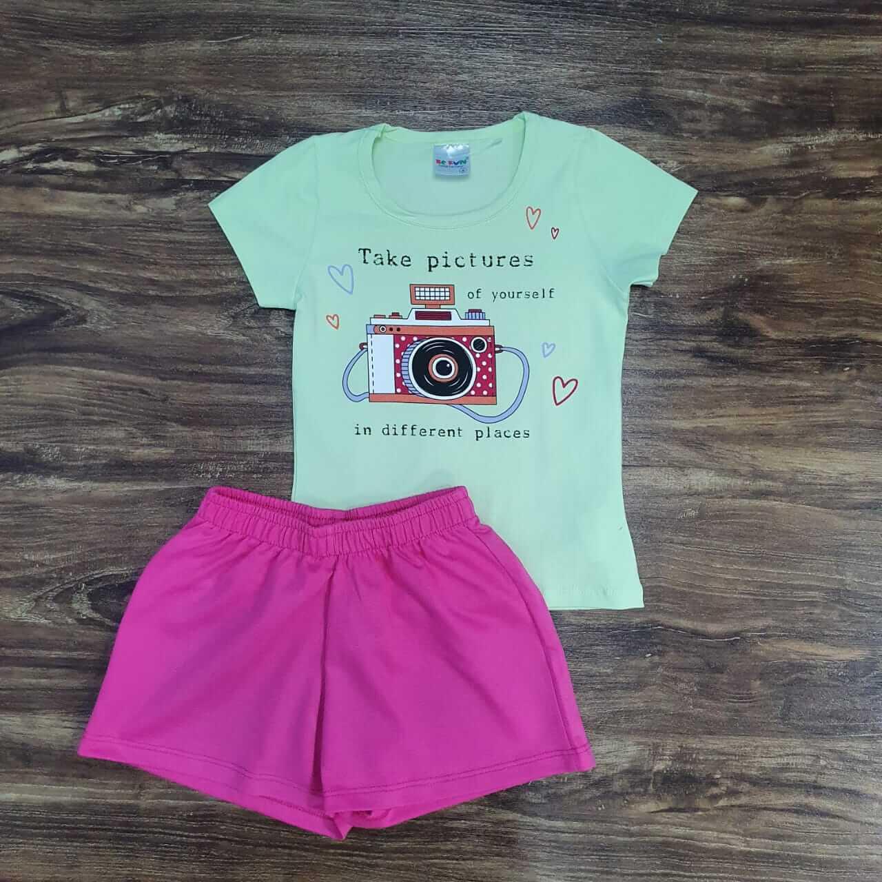 Shorts com Blusa Take Pictures Infantil