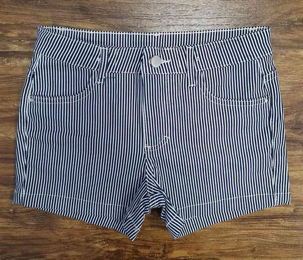 Shorts Listrado Infantil