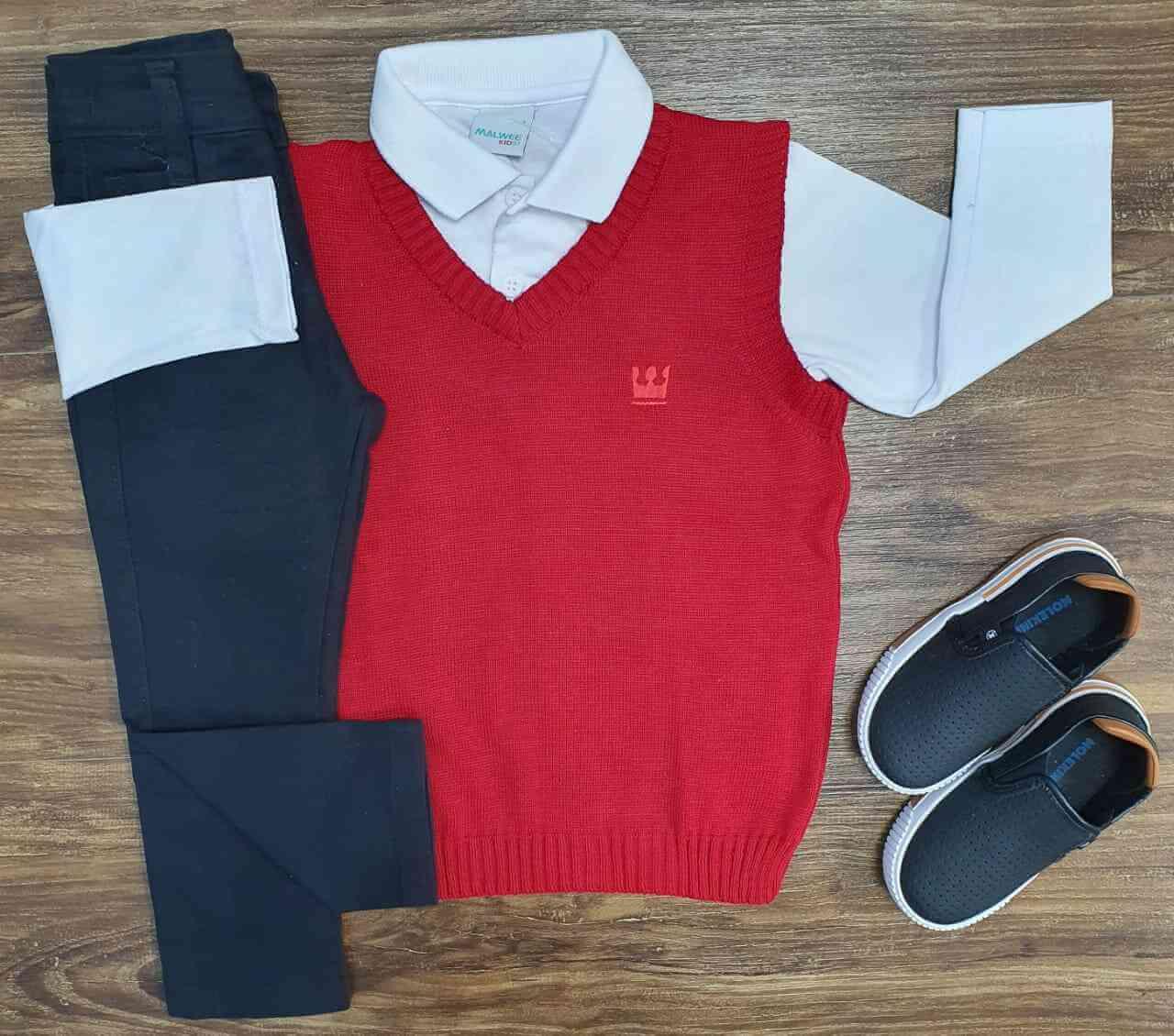 Suéter Vermelho com Camisa Branca e Calça Infantil