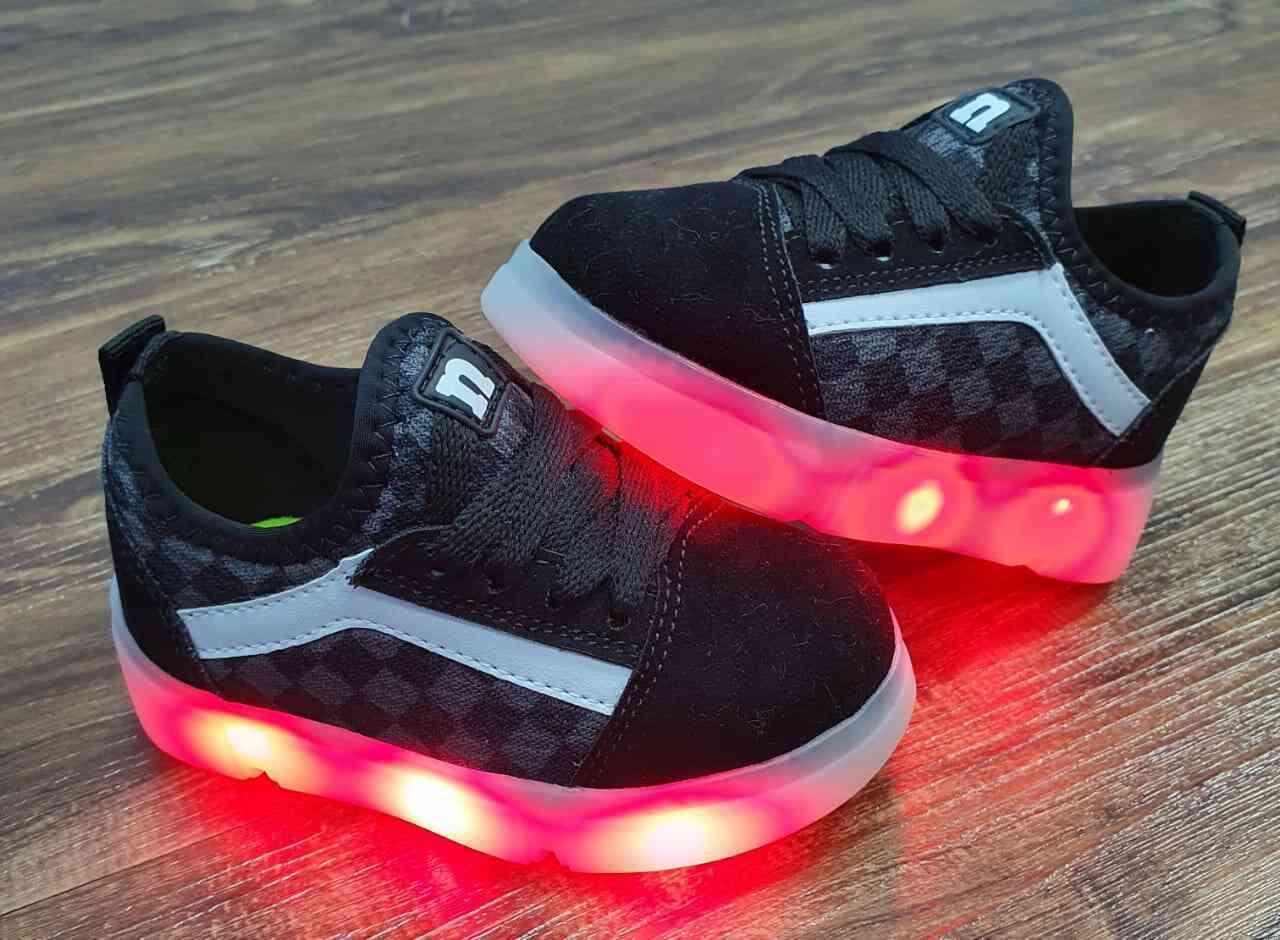 Tênis de LED Recarregável Infantil