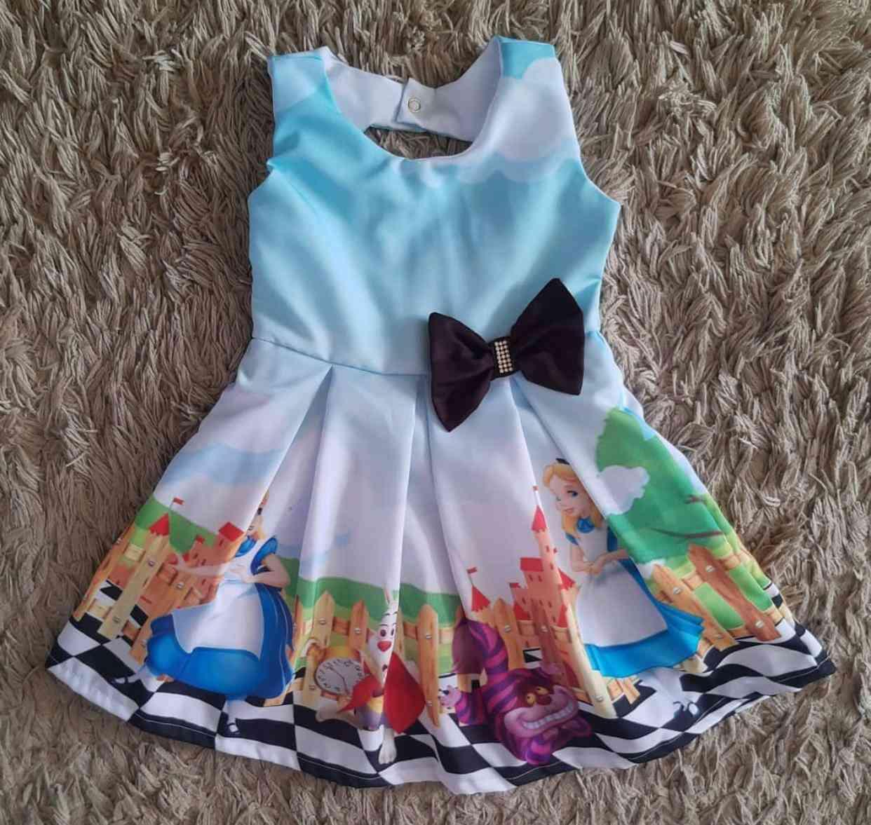 Vestido Alice no País da Maravilhas Infantil