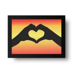 Placa Decorativa Mão Coração
