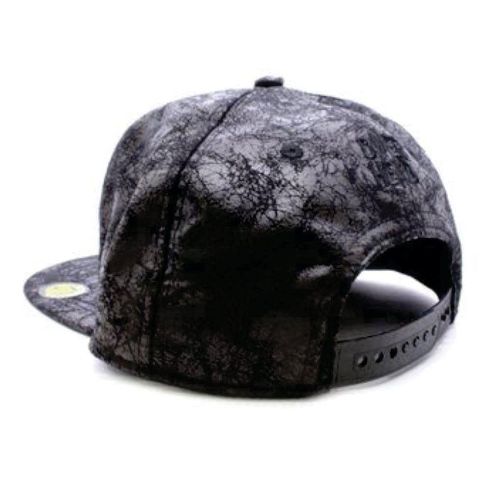 Boné Khatto Caveira Negra
