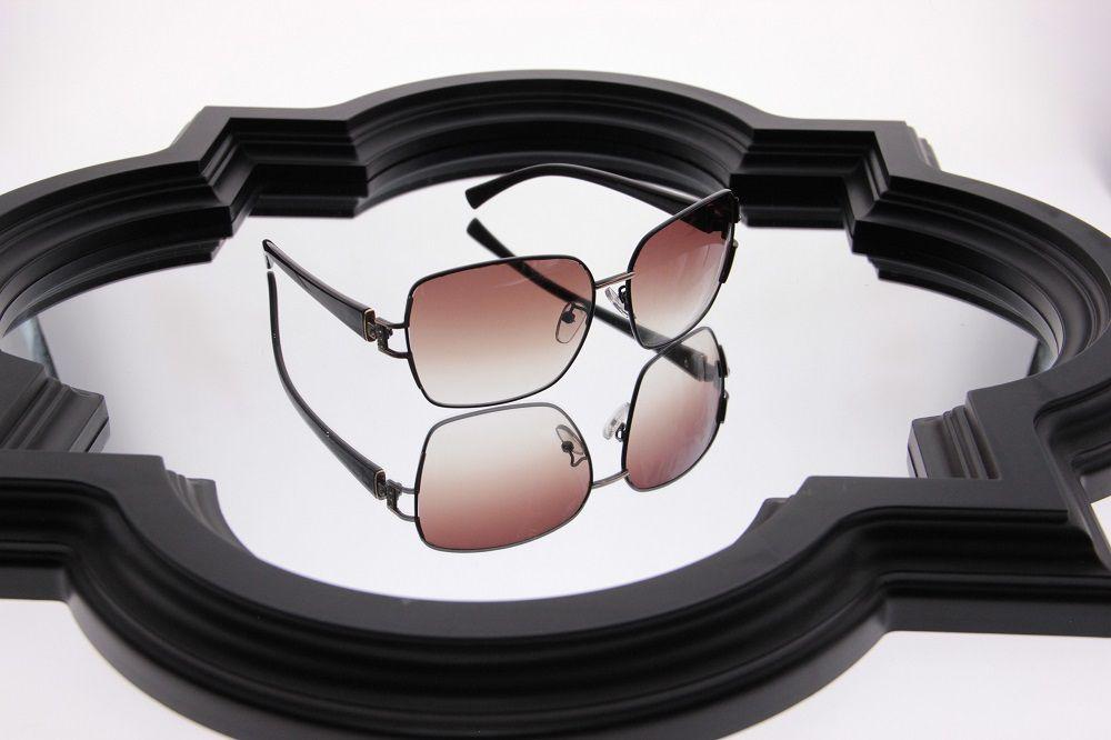 Óculos de Sol Khatto Retrô Bee
