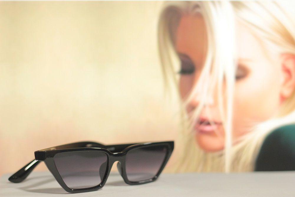 Óculos de Sol Khatto Retrô Cat Bruninha