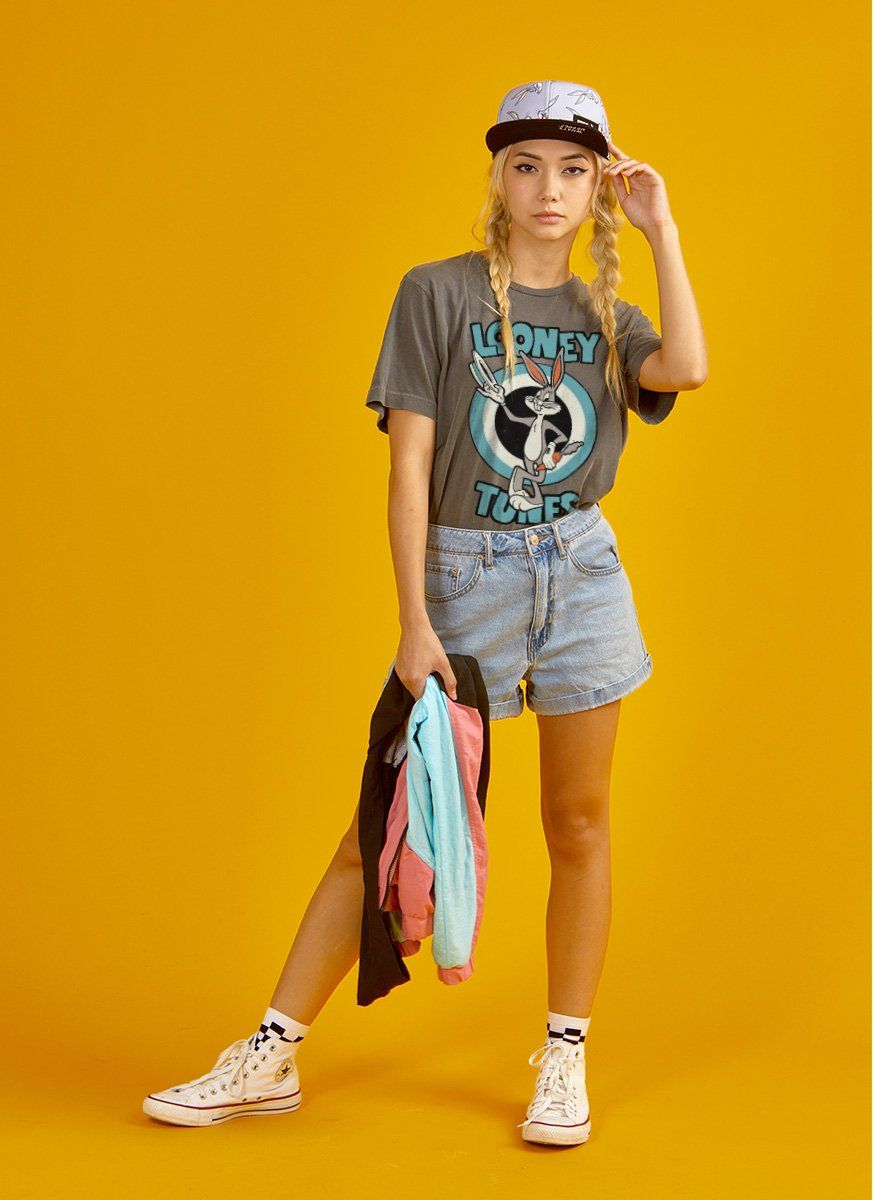Camiseta Premium Feminina Pernalonga Carrot
