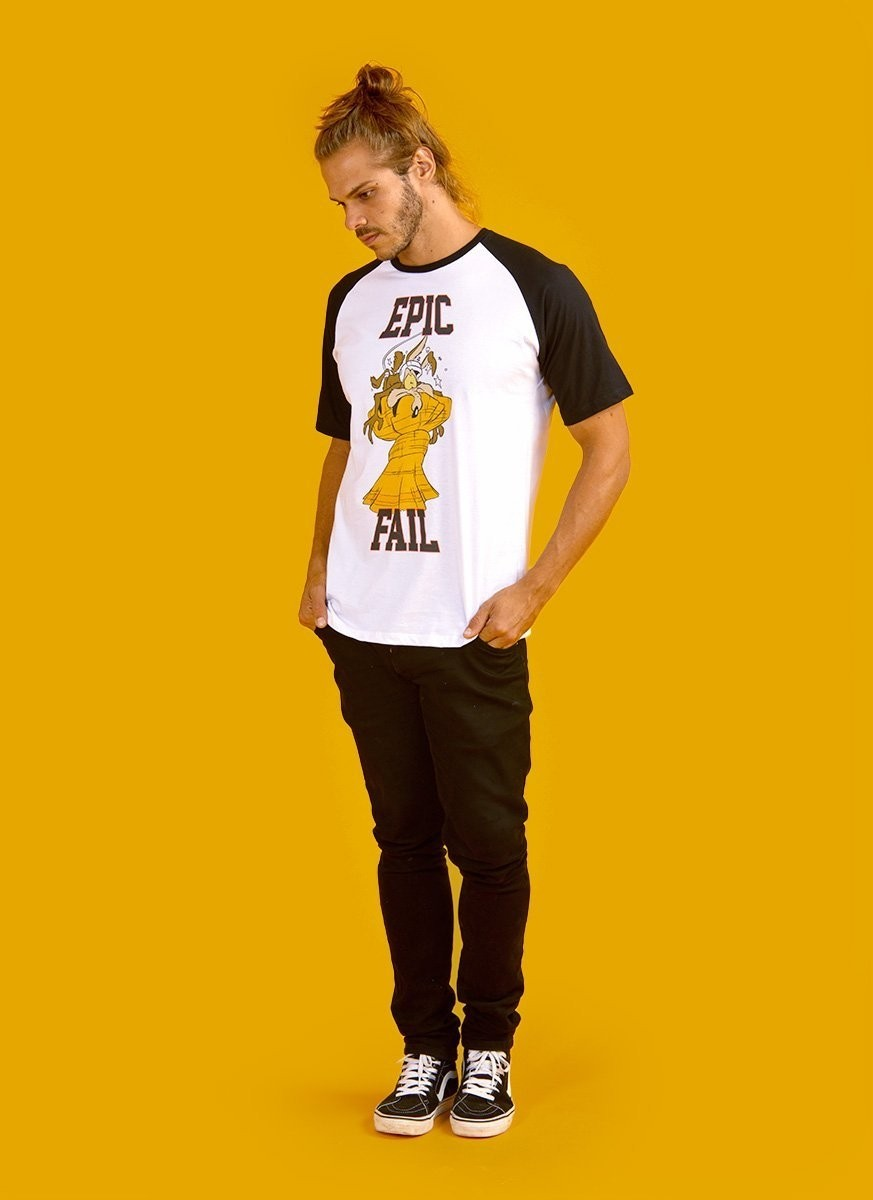 Camiseta Raglan Masculina Coyote Epic Fail