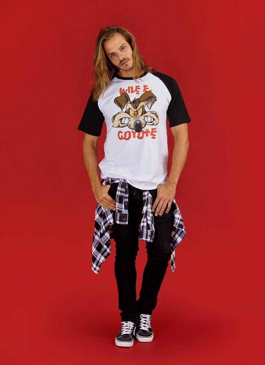 Camiseta Raglan Masculina Wile E. Coyote