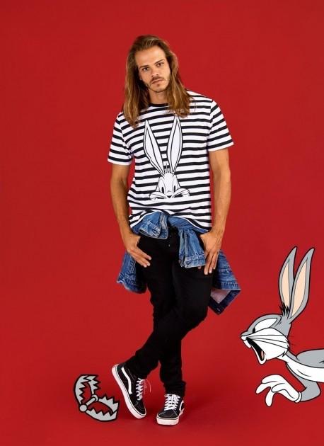 Camiseta Masculina Pernalonga Tracing