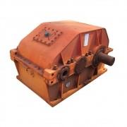 REDUTOR DE VELOCIDADE MARCA ZANINI  MODELO BH-4056  750 HP DE POTÊNCIA  1 800 RPM DE ENTRADA  FATOR