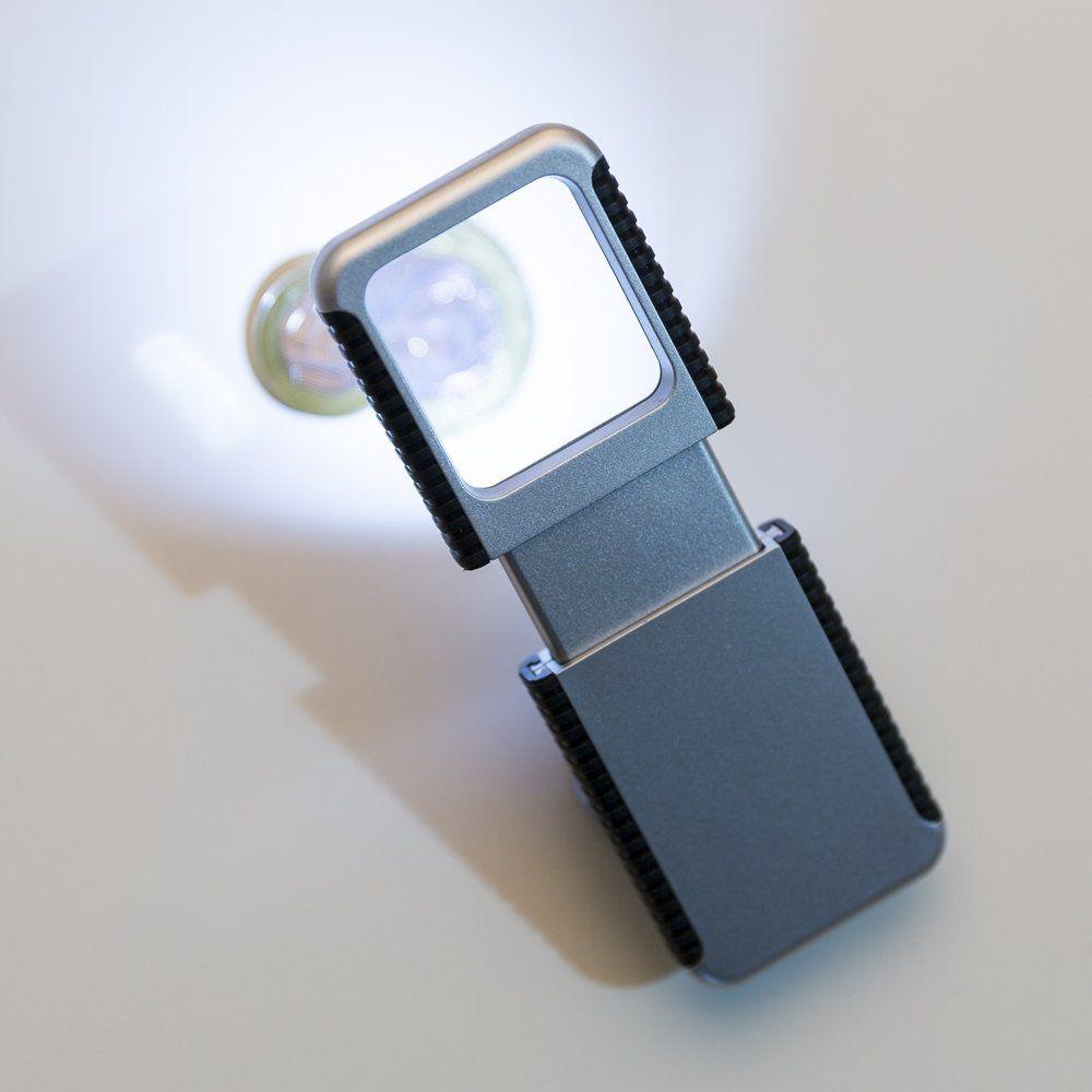 Lupa Plástica Com Lanterna
