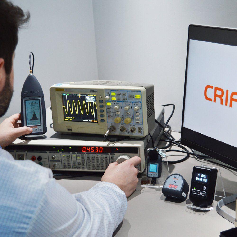 CAL-008 Calibração calibrador acústico