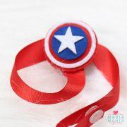 Prendedor de Chupeta Escudo Capitão América Vermelho