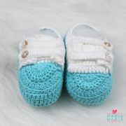 Sapatinho de Crochê Botão Tiffany e Branco