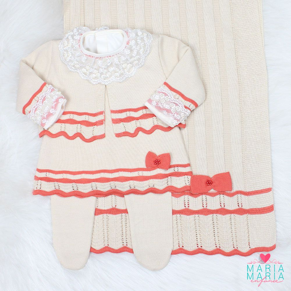 Saída de Maternidade Vestido Chanel Bege
