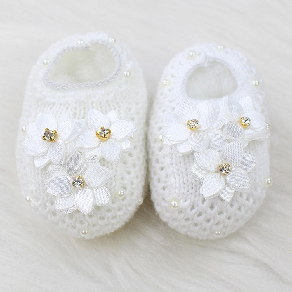 Sapatinho de Tricô Flores Branco