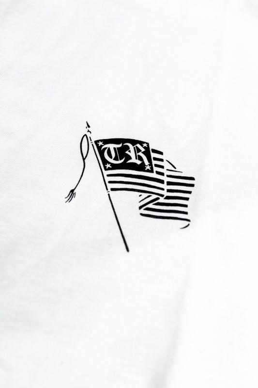 "CAMISETA THE ROCKS ""FLAG"" BRANCA"
