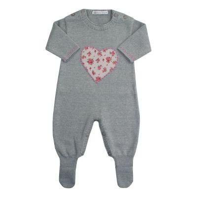 Macacão bebê coração - Cinza