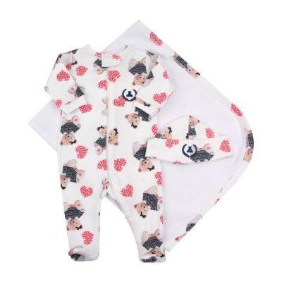Saída de maternidade feminina macacão, manta e touca ursinha com coração - Branco
