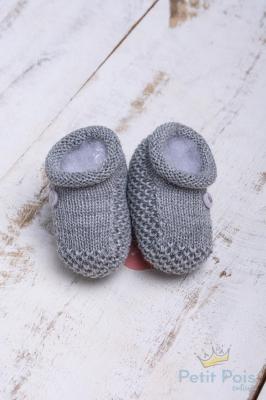 Sapatinho bebê 1 botão - Cinza