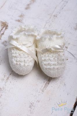 Sapatinho bebê com pérolas - Marfim