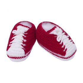 Sapatinho bebê em crochê tênis - Vermelho