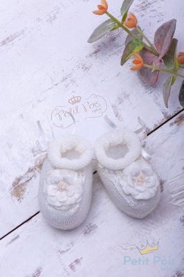 Sapatinho bebê flor e laço - Marfim