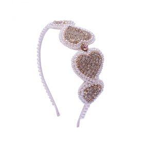 Tiara bebê bordada com coração bordado com pérolas e strass - Marfim