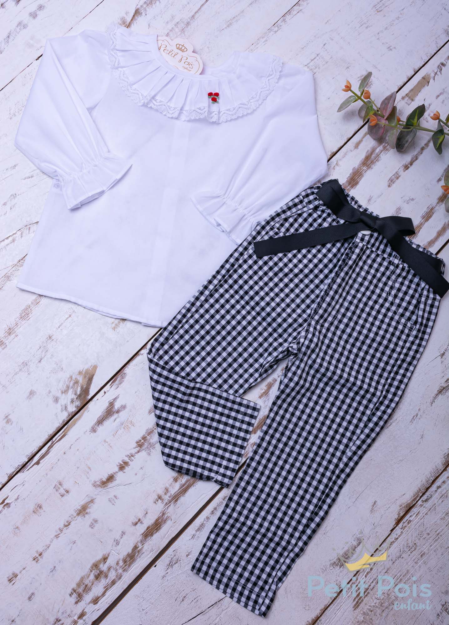 Conjunto bebê com bata e calça - Branco e preto
