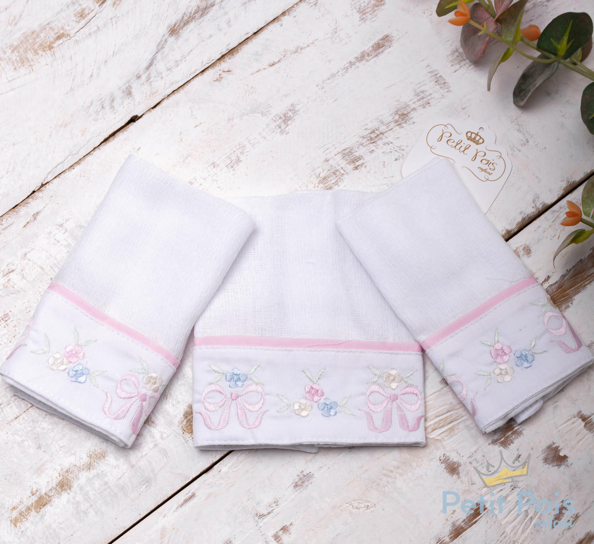 Kit toalha de boca laços com vivo 3 peças - Branco e rosa