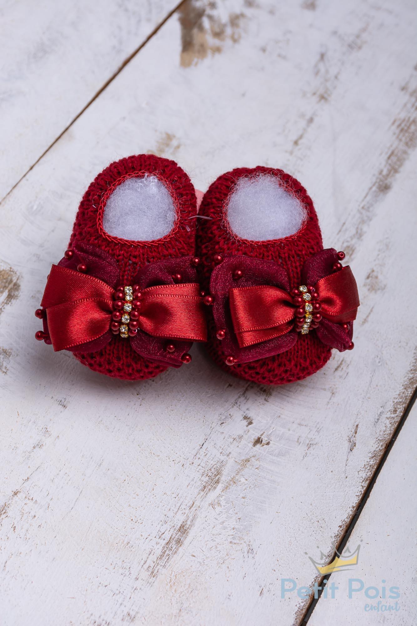 Sapatinho bebê com laço e pérolas - Vermelho red night