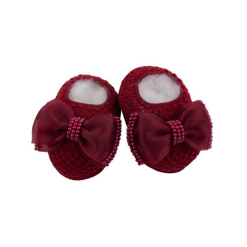 Sapatinho bebê em tricot com laço e  pérolas - Vermelho red night