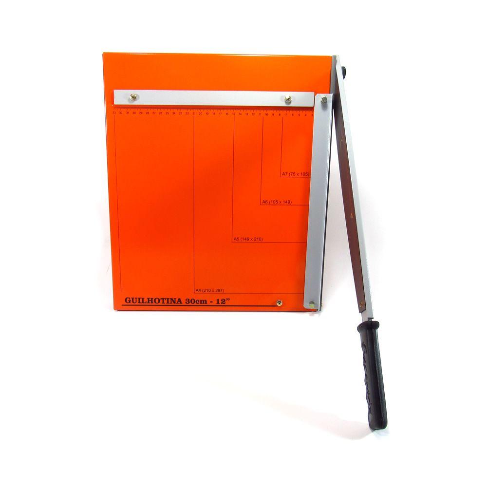 Guilhotina para papel manual A4 30cm GEX-30 Master 20 Folhas