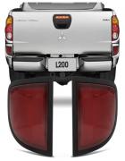 Refletor Parachoque Polaina Traseira Mitsubihshi L200 Triton 2007 2008 2009 2010 2011 2012 Olho de Gato