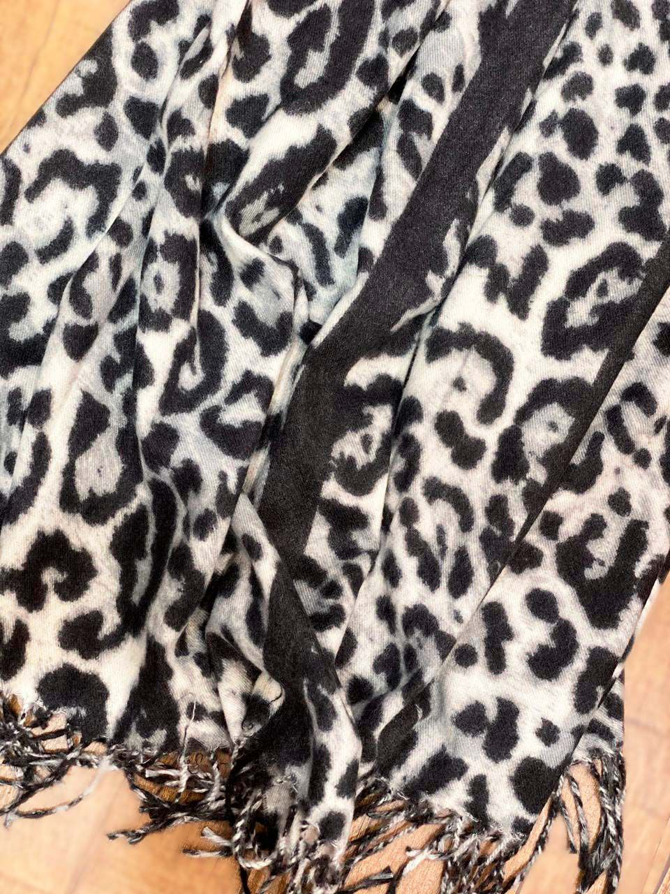 PASHMINA ANIMAL PRINT