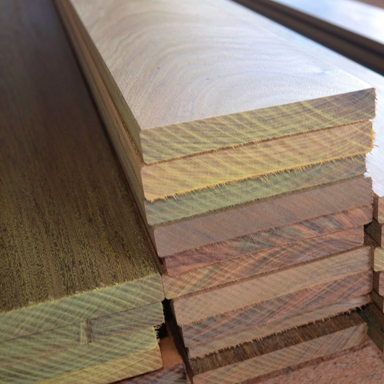Deck de ipê seco em estufa 2x12,5 cm
